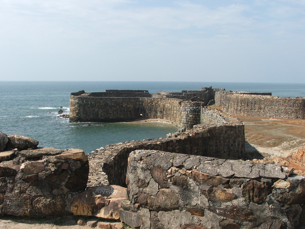 Explore Maharashtra's Breathtaking Sea Forts