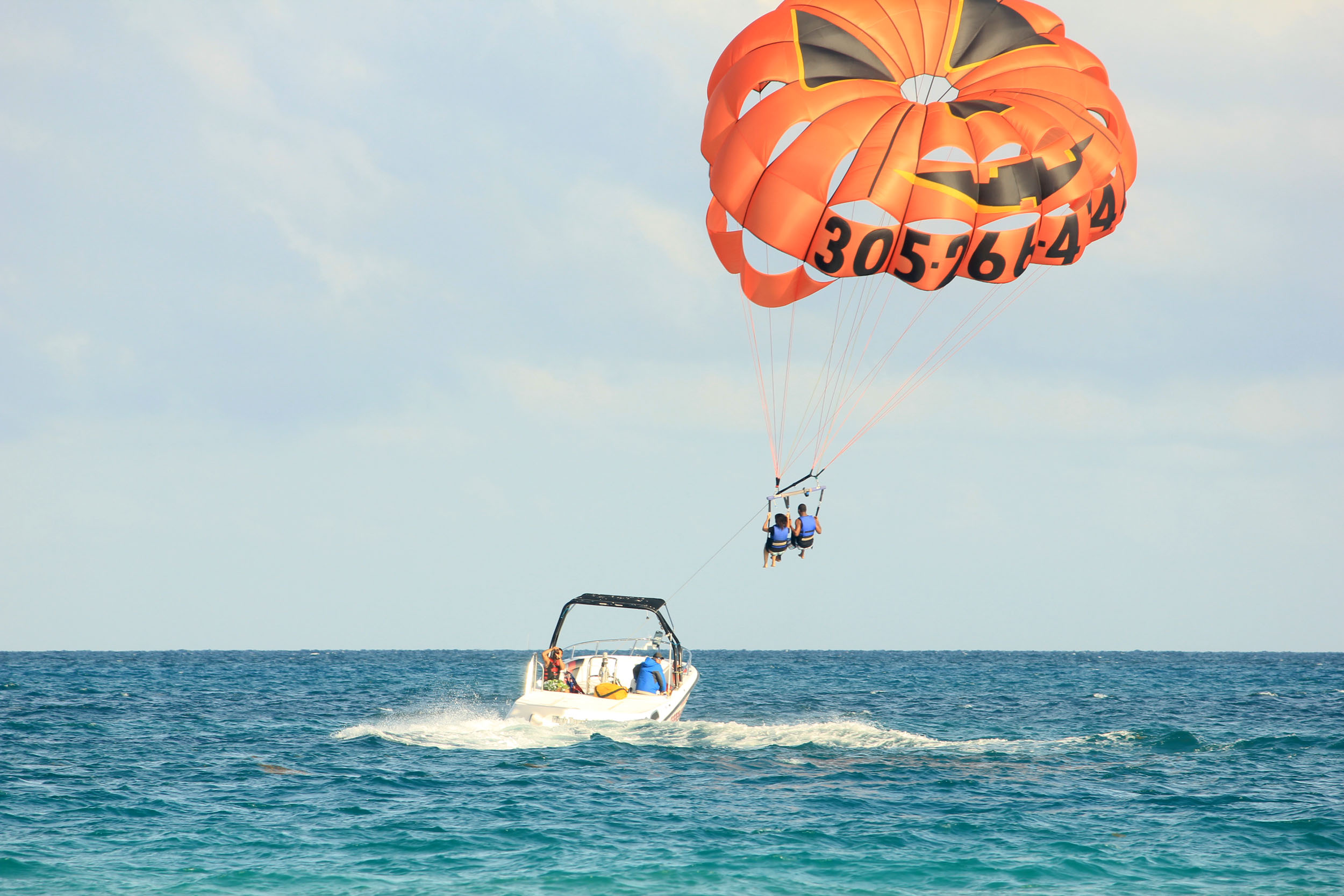 savaari-parasailing-kerala-adventure-tourism-india