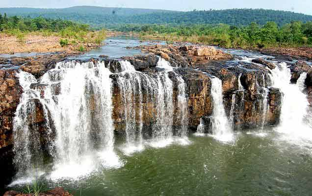 savaari-bogatha-waterfalls-monsoon-destination-2019