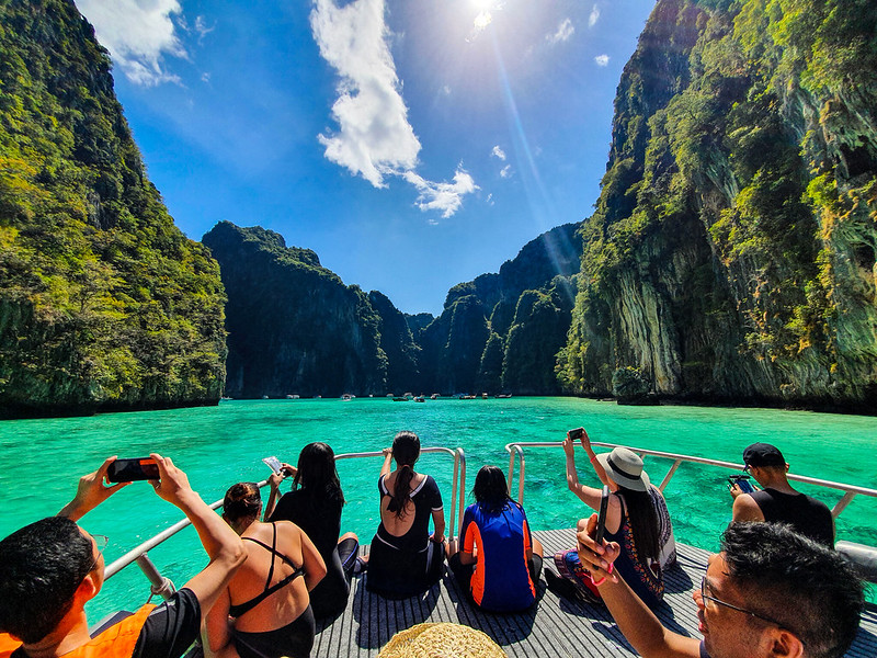 savaari-phi-phi-islands-tourists-footfall