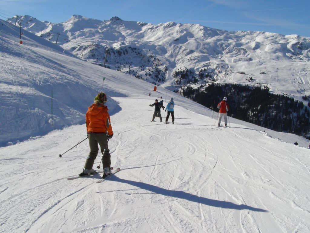 savaari-alps-skiing-world-famous