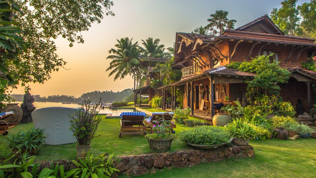 savaari-choose-your-accommodation-wisely