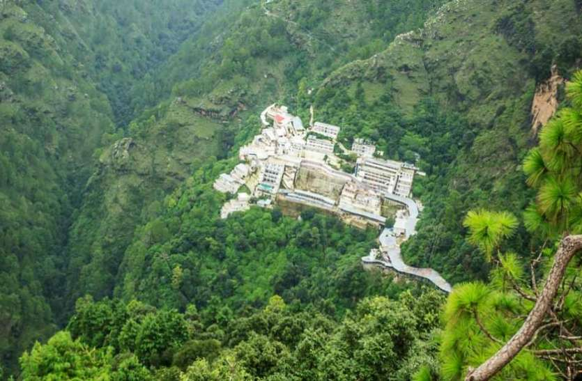 vaishno-devi-temple-allows-devotees